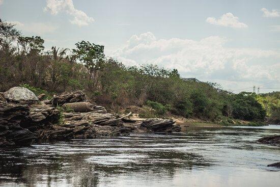 Colinas do Sul, GO: Rio tocantinzinho em Colinas tem vários trechos ótimos para banho