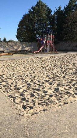 Detské ihrisko Dlhá Spielplatz Nitra Slovensko