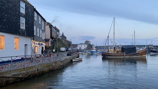 Mevagissey harbour views - Winter is still so beautiful.