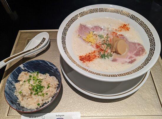 Marude Sankaku: 鯛白湯「とろり」