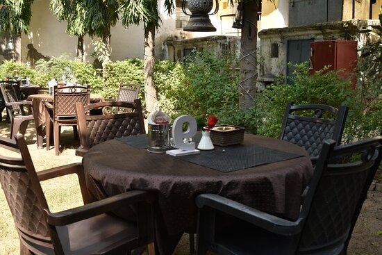 IL Padrino Pizza Garden Restaurant