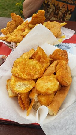 Pemaquid, ME: The scallop roll and chicken tenders.  Homemade chips.  Everything fried.