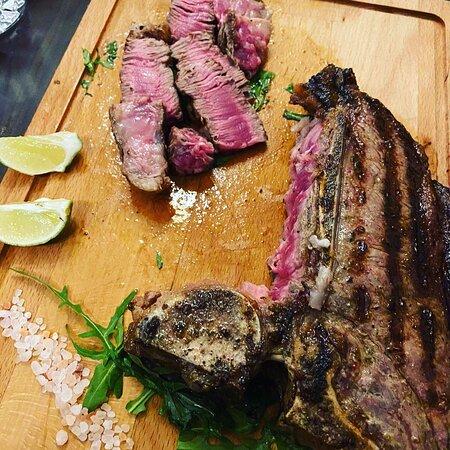 Liebe Gäste und Freunde   Um nicht zu vergessen  Für Steakliebhaber und nicht nur, bieten wir Ihnen immer noch die Möglichkeit, das gewünschte Steak vorbestellen zu können!  Wir bereiten zu - grillen immer nach griechische Art ..!!!