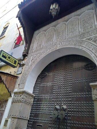 Porta da Mosque Diwan.
