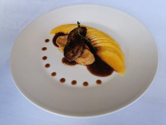 Chiang Mai Province, Thailand: Pan-fried foie gras ตับเป็ดทอด
