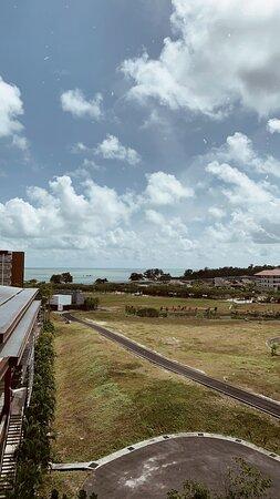 我們住在794號房,可以看到部分海景!