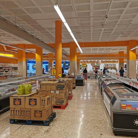 Melilla, Spain: Supermercados Súper Sol