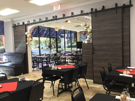 Palm Harbor Grill