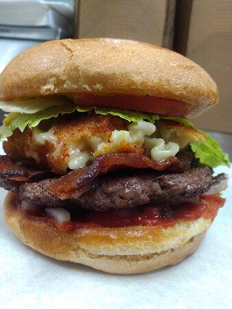 Sloppy Mac Burger