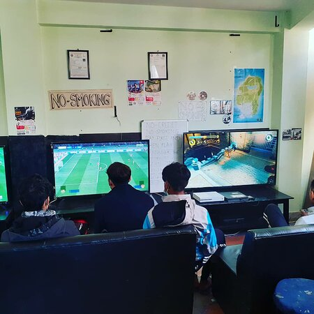 Mirage Gaming House Playstation 4 ps4 game zone, video game.  https://www.facebook.com/TheMirageGamingHouse/