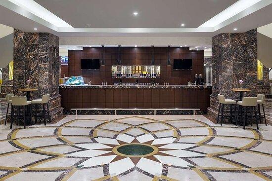 Lobby Lounge Café