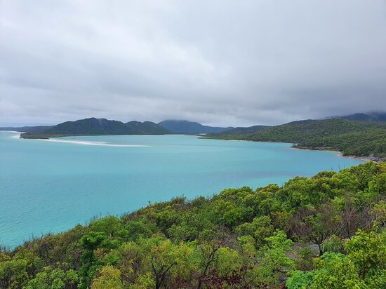Whitehaven Beach and Hill Inlet Lookout Full-Day Snorkeling Cruise by High-Speed Catamaran – fotografia