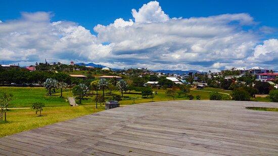 Noumea, New Caledonia: 🅱 🆁 🆄 🅽 🅴 🅻 🅴 🆃 〰 🅿 🅰 🆁 🅺 ╭❀❁❃╮𝑹𝒆𝒄𝒆𝒊𝒗𝒊𝒏𝒈 𝑺𝒖𝒃𝒖𝒓𝒃 ╭❀❁❃╮ 𝑵𝒐𝒖𝒎é𝒂 𝑪𝒊𝒕𝒚.