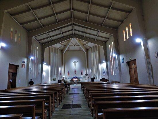 Eglise Sainte Bernadette de Poitiers