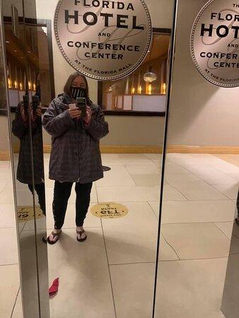 How shiny the elevator door is-lol