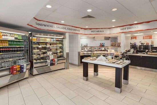 Magor, UK: Breakfast Area
