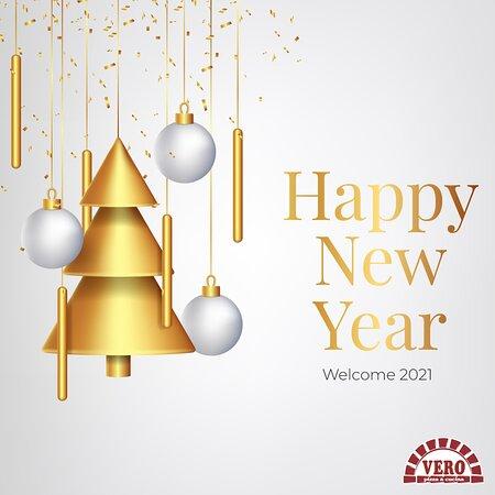 Καλή Χρονιά σε όλους! Η vero pizza σας εύχεται ο νέος χρόνος να είναι γεμάτος χαρά, αισιοδοξία, αγάπη, υγεία και πολλές πολλές νοστιμιές!