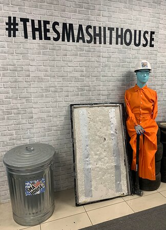 Welcome to The Smashit House selfie wall