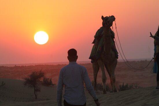 Jaisalmer Rajasthan desert camp ... 🌞 Sun set