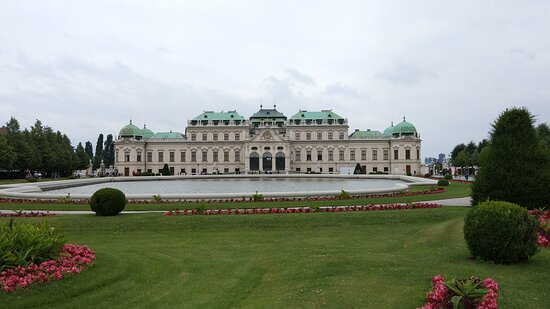 Belvedere Museum Vienna Admission Ticket Including Klimt's Kiss: The palace