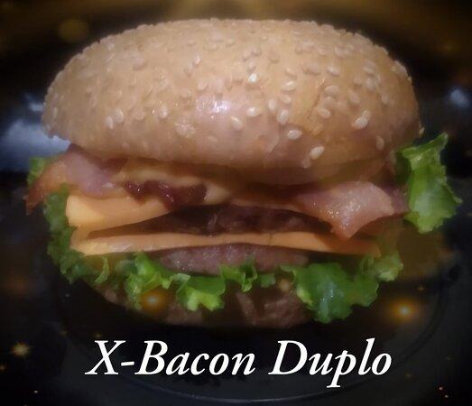 Burguer Clássico - X - Bacon Duplo (muito Bacon)