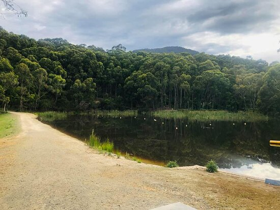 The small lake at the back of the Caravan Park. This is where they sometimes have the blow up water park.