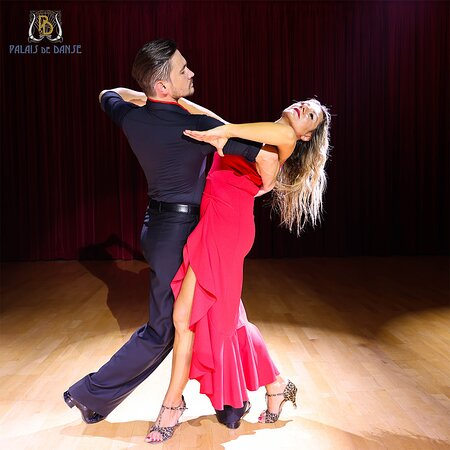 Palais de Danse Dance studio in Dubai. Learn how to dance Ballroom, Latin American and Social dance style!   For the price of AED99 only for introductory dance lesson.