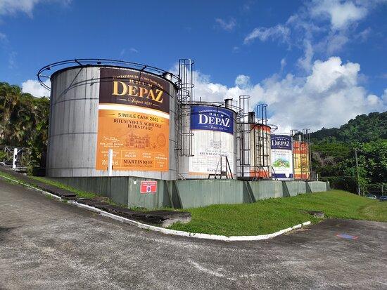 North Island Tour: Distillerie Depaz