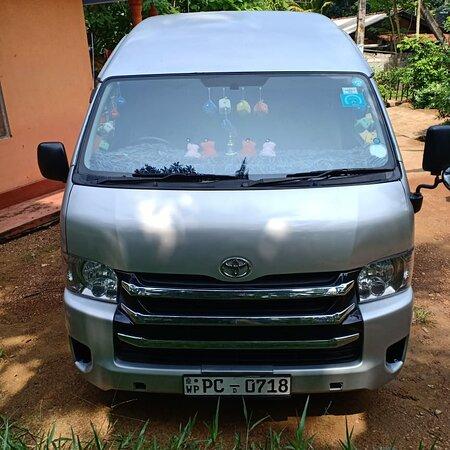 Colombo, Sri Lanka: All kind of vehicle Car/Van/Bus