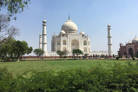 Private Day Tour of Tajmahal from Delhi...