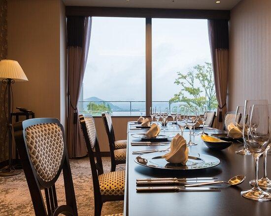 浜名湖の湖畔を望める個室VIPルーム