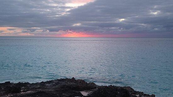 Bermuda 🇧🇲 Pink Sand