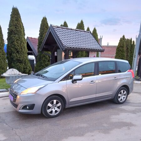 Tuzla, Bosnia and Herzegovina: A Professional Driver safely and comfortably transports passengers with vehicle Peugeot 5008 , 2017.(7 seat's) to the desired destination 🚕Transfer passengers in country and region - Airport transfers , one day trips , winter holidays , bussines trips , excursions...etc 🚕Very convenient with the possibility of agreement of waiting and returning ( waiting its free,no charge ) 🚕The vehicle is safely,comfortable,reliably clean and desinfected ( COVID ) 🚕The vehicle has a free Wi - Fi network