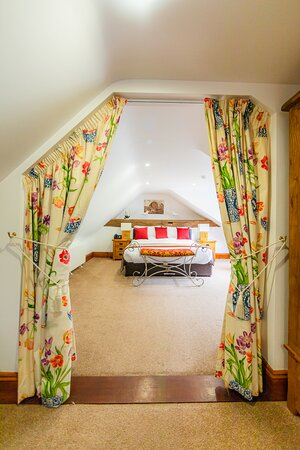 The honeymoon penthouse suite at Stocks Hotel