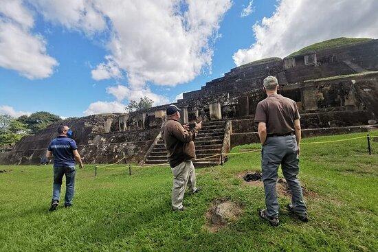 Excursion d'une journée: site maya de...