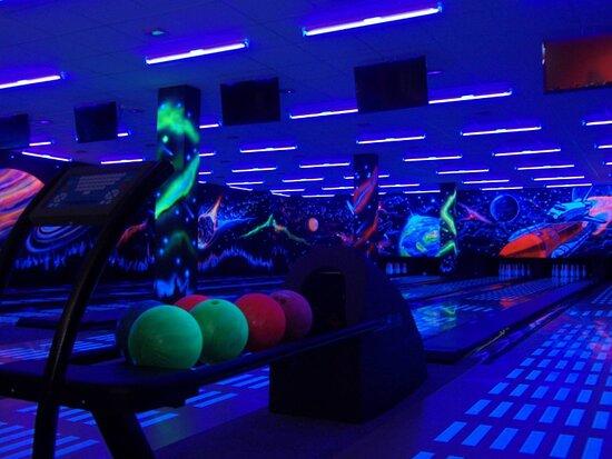 NAVI. Bowling Club