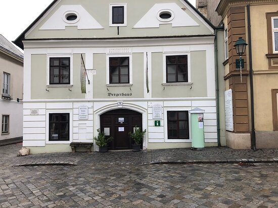 Tourismusbuero Gumpoldskirchen