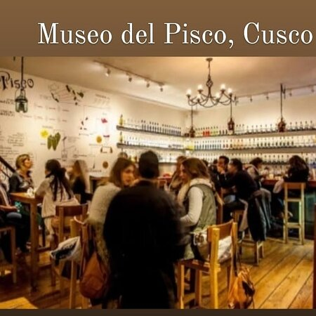"""OPISCOse transformou em uma bandeira nacional, possuindo até um museu. Este museu se encontra na cidade deCUSCO,e funciona como um bar e museu, contando a história da bebida. No""""Museo del PISCO""""pode ser encontrado diversos tipos de bebida como diversos tipos de drinques podem ser degustados."""