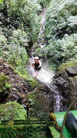 La Fortuna, Spain: Rappelling on 1 out of the 4 Waterfalls - Big Momma