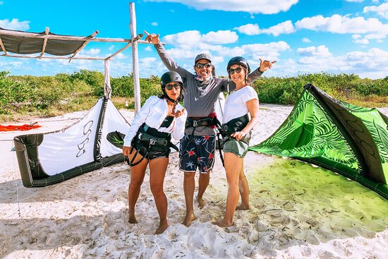 Wind Nomads Kitesurfing