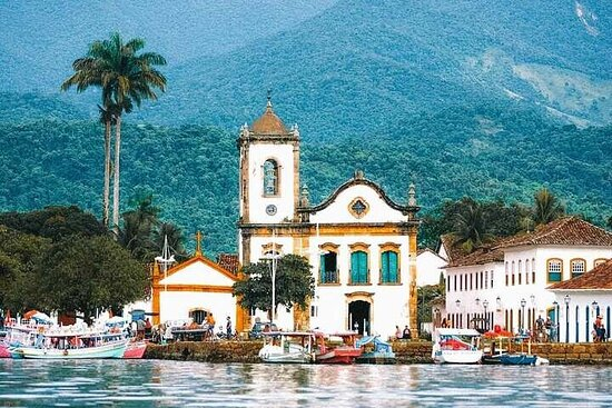 4-Day Private Guided Tour From São...