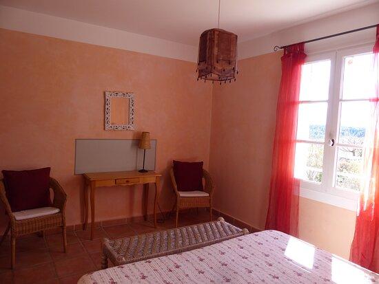 Chambre d'hôtes Lou Mountdénié à Moustiers Sainte Marie dans le Verdon - Ferme du petit Ségriès