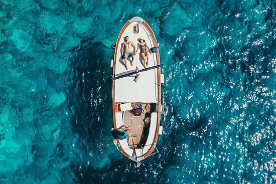 Living Capri Boat Tours