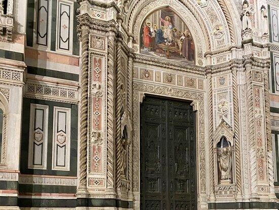 Florence, Italy: Флоренция !!! С каким удовольствием ВСЁ это хочется увидеть после карантина 😂😂😂 !