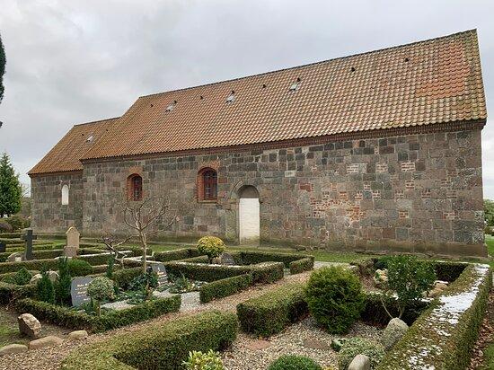 Tulstrup Kirke
