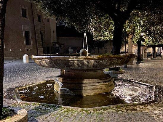 Fontana di Trinita dei Monti