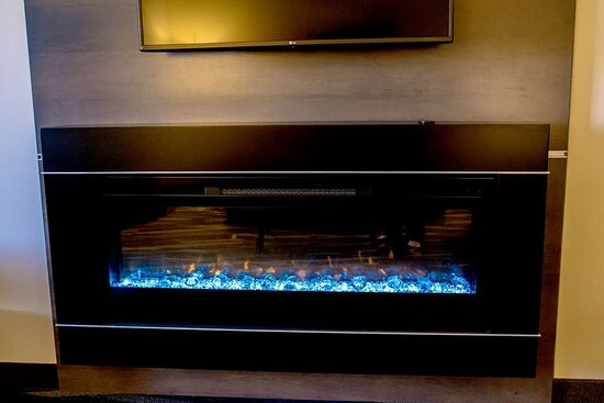 Centralia, IL: Fireplace