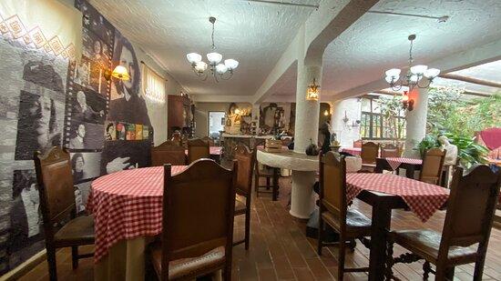 Barão de São João, Portugal: Turned out to be a great and tasty discovery! Love the place!