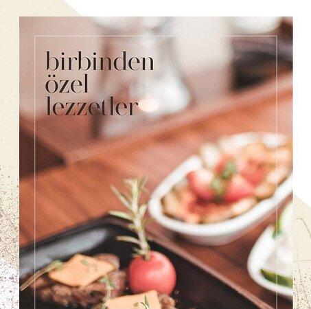 Sizleri, özenle oluşturulmuş lezzetleri içinde barındıran, zengin Türk Mutfağı menümüz ile Müjgan Resturanta davet ediyoruz...
