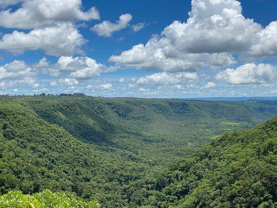 Pedregulho, SP: Parque Estadual Furnas do Bom Jesus